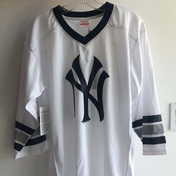 huge discount 634f8 bb5e6 Mitchell & Ness Yankees Hockey Jersey Boutique